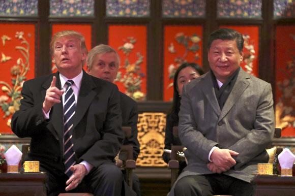 트럼프 '미치광이 전략' 타깃은 중국 부자이민자